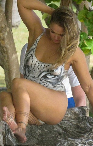 Did Ronda Rousey Make A Sex Tape photo 7