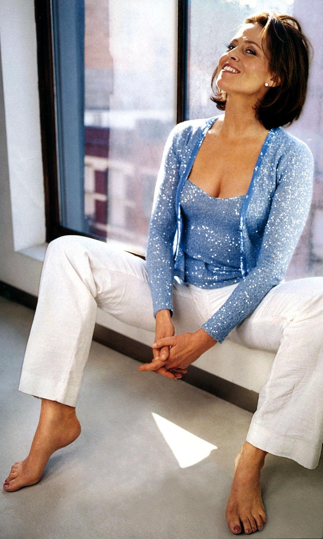 Sigourney Weaver Hot Photos photo 5