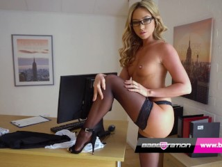Porn Strip Tease photo 11