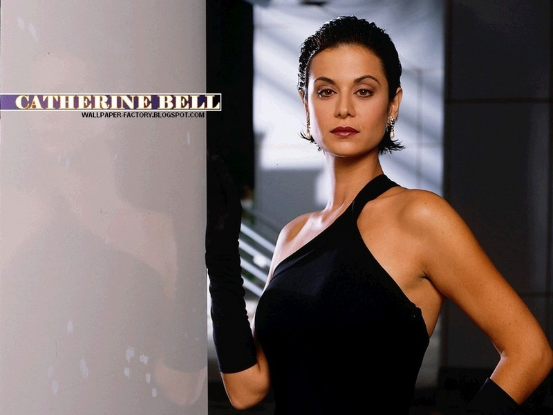 Catherine Bell Oops photo 4