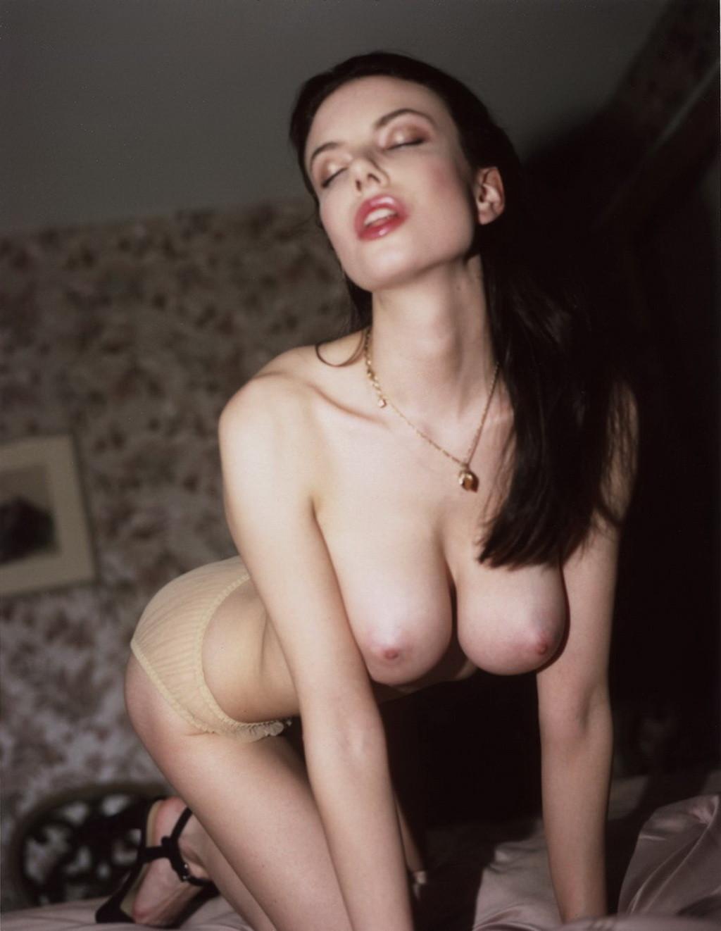 Olivia Rose Keegan Nude photo 27