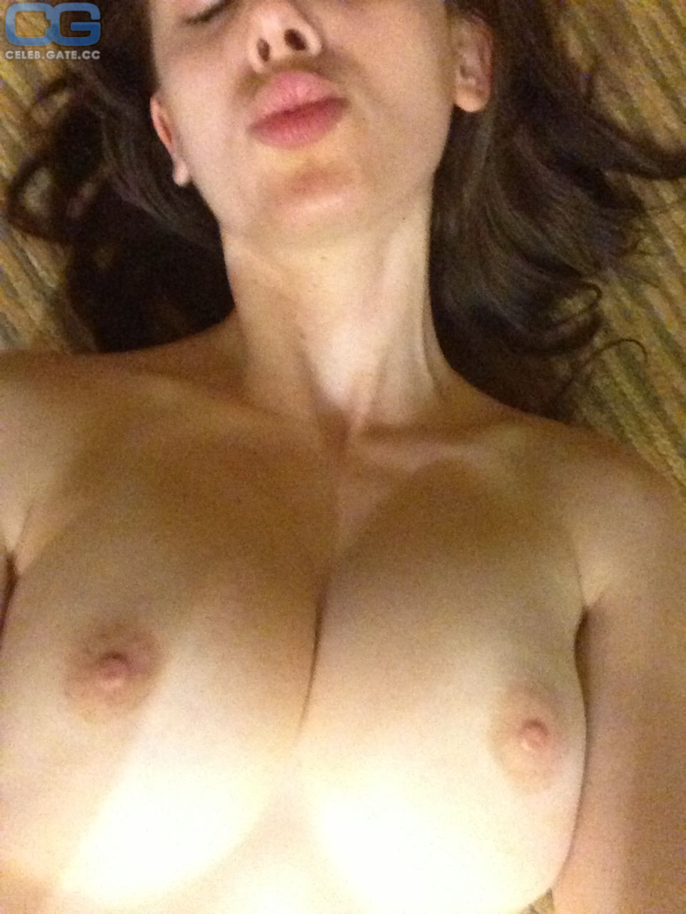 Alison Brie Leaked photo 5