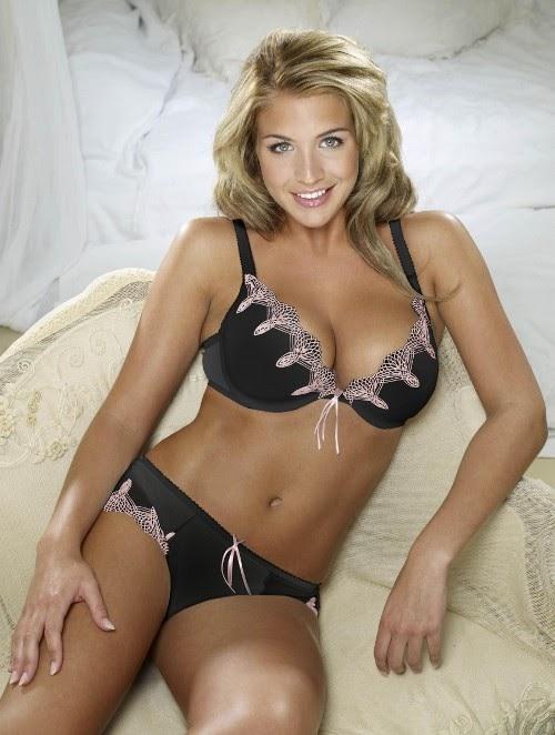 Sexy Gemma Atkinson photo 18
