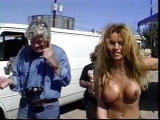 Pamela Andersan Sex Tape photo 14