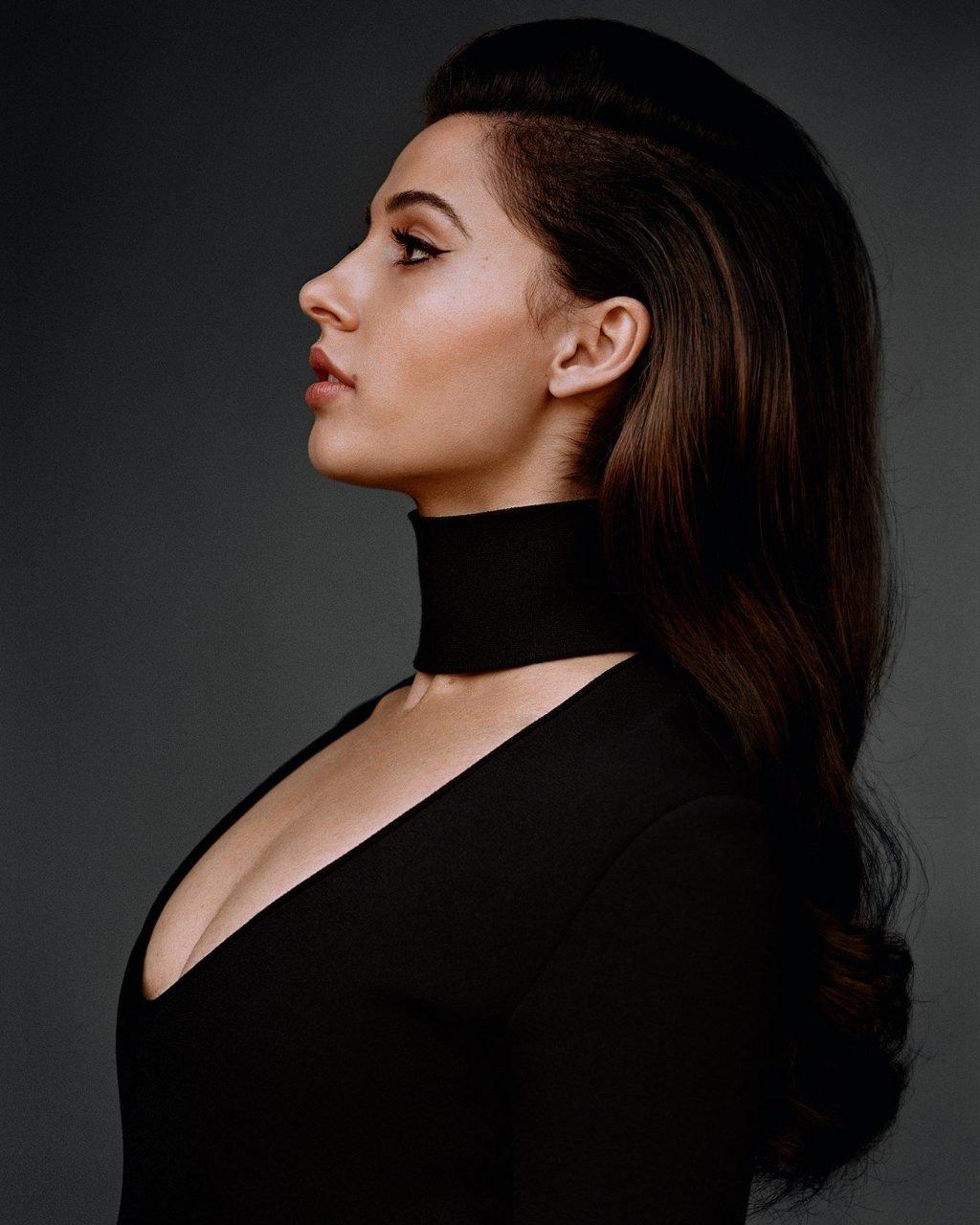 Naomi Scott Leak photo 8