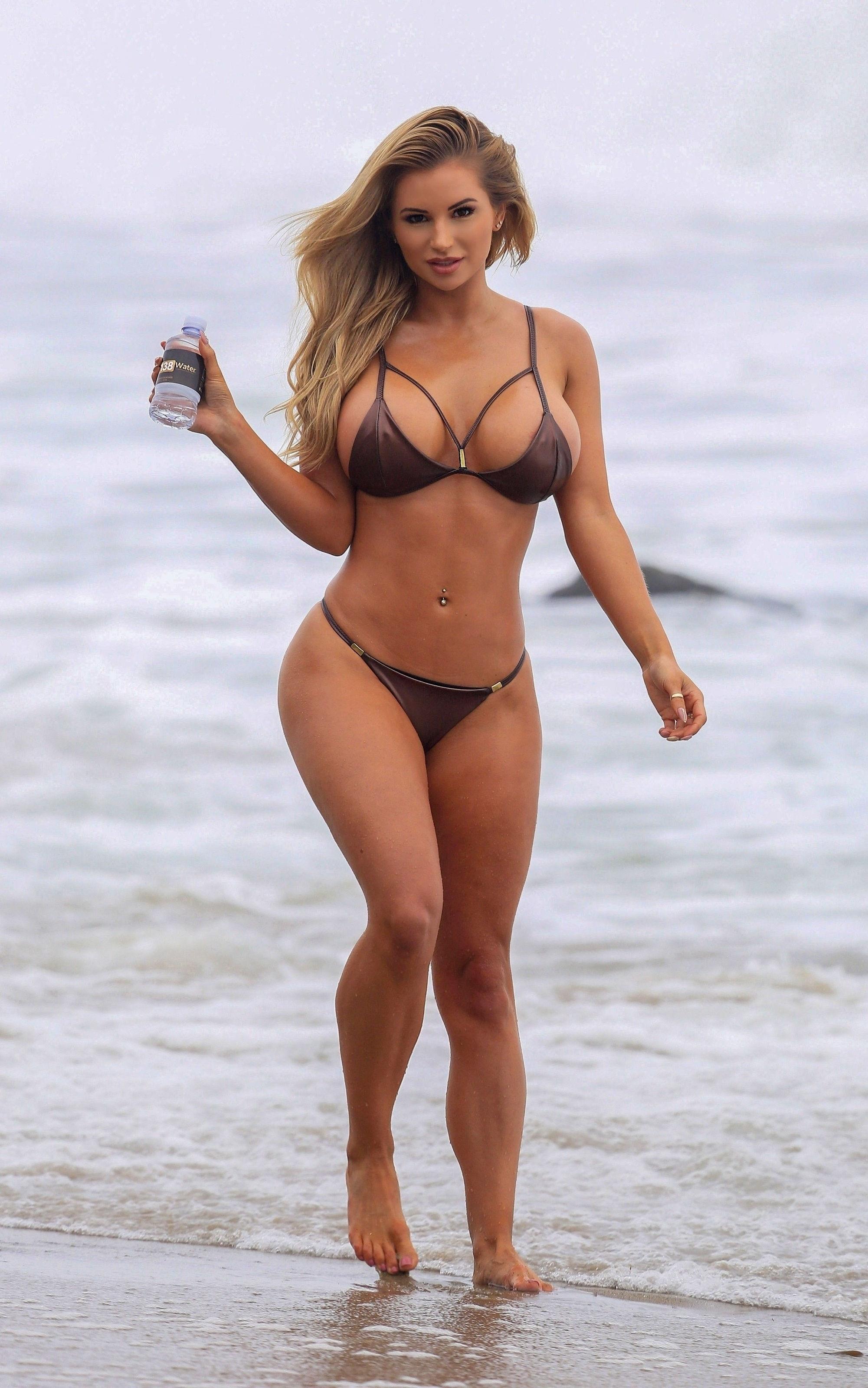 Amy Lee Summers Bikini photo 15