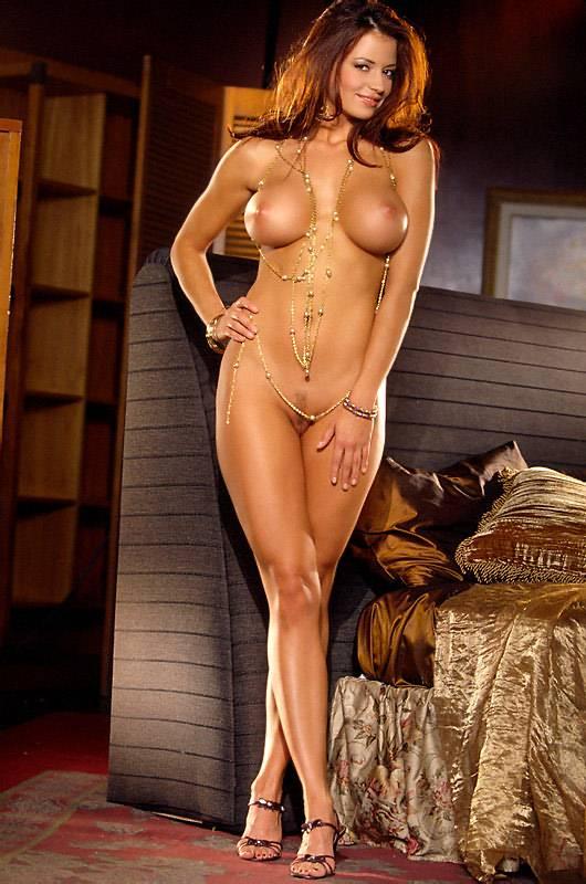 Michelle Manhart Topless photo 22