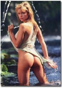 Pamela Anderson Sexy Photos photo 28