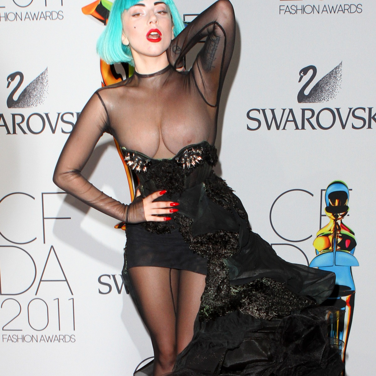 Hollywood Actress Nip Slip photo 14