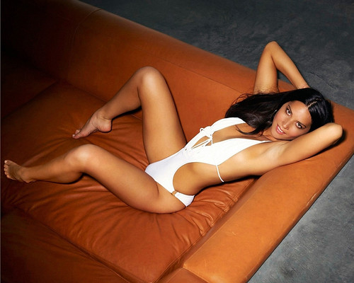 Olivia Mun Hot photo 23