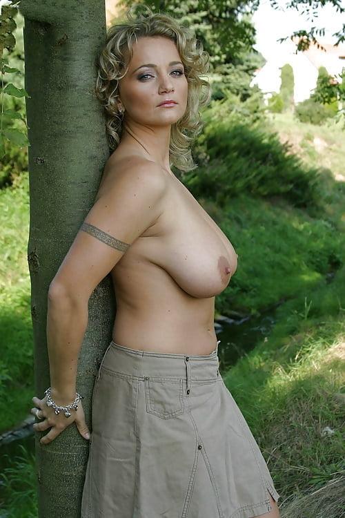 Sexy Topless Milfs photo 25
