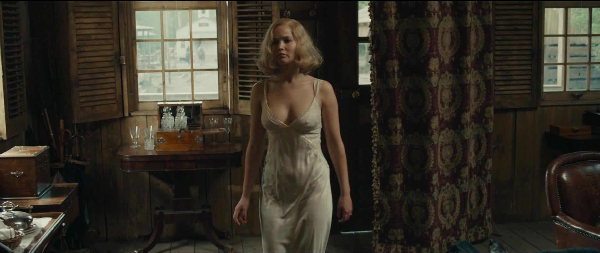 Jennifer Lawrence Tits In Mother photo 12