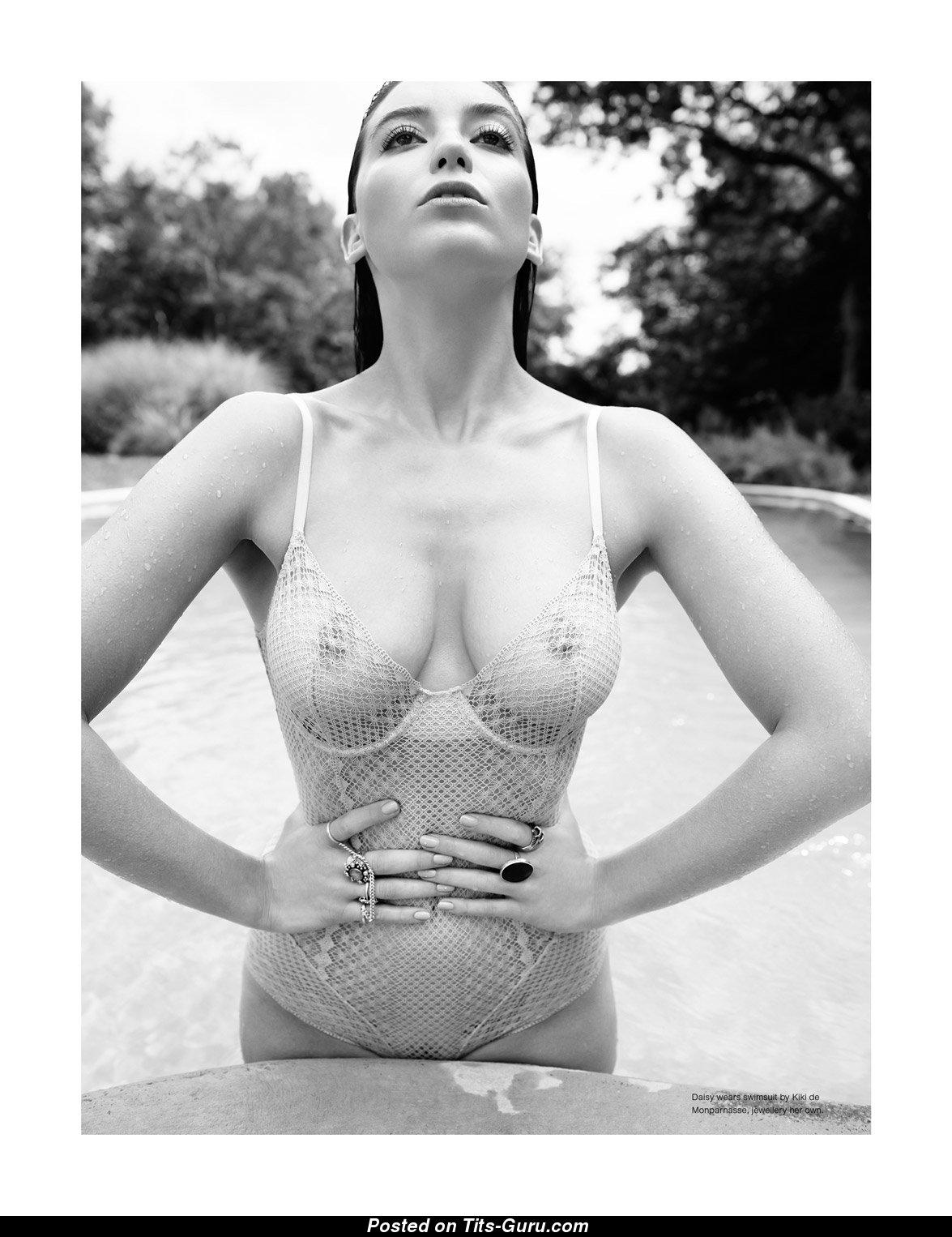 Daisy Lowe Sex photo 23