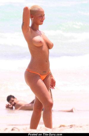 Amber Rose Naked Tits photo 1