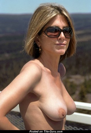 Jennifer Anderson Tits photo 14
