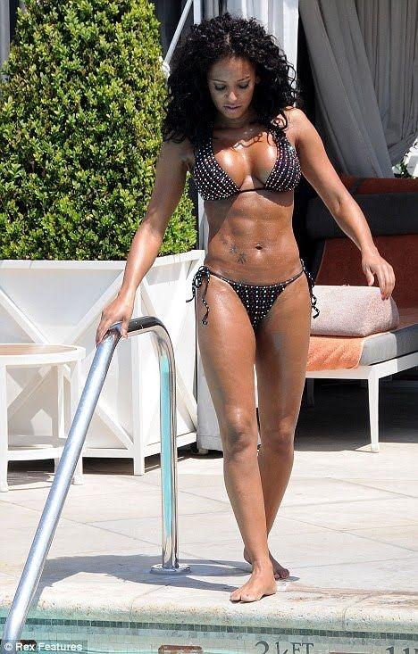 Mel B Hot Body photo 25