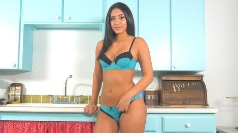 Latinas Sexy Videos photo 11