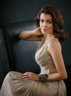 Bellamy Young Sexy photo 16