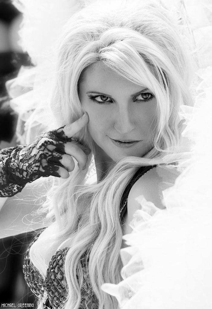 Jacqueline Goehner Hot photo 4