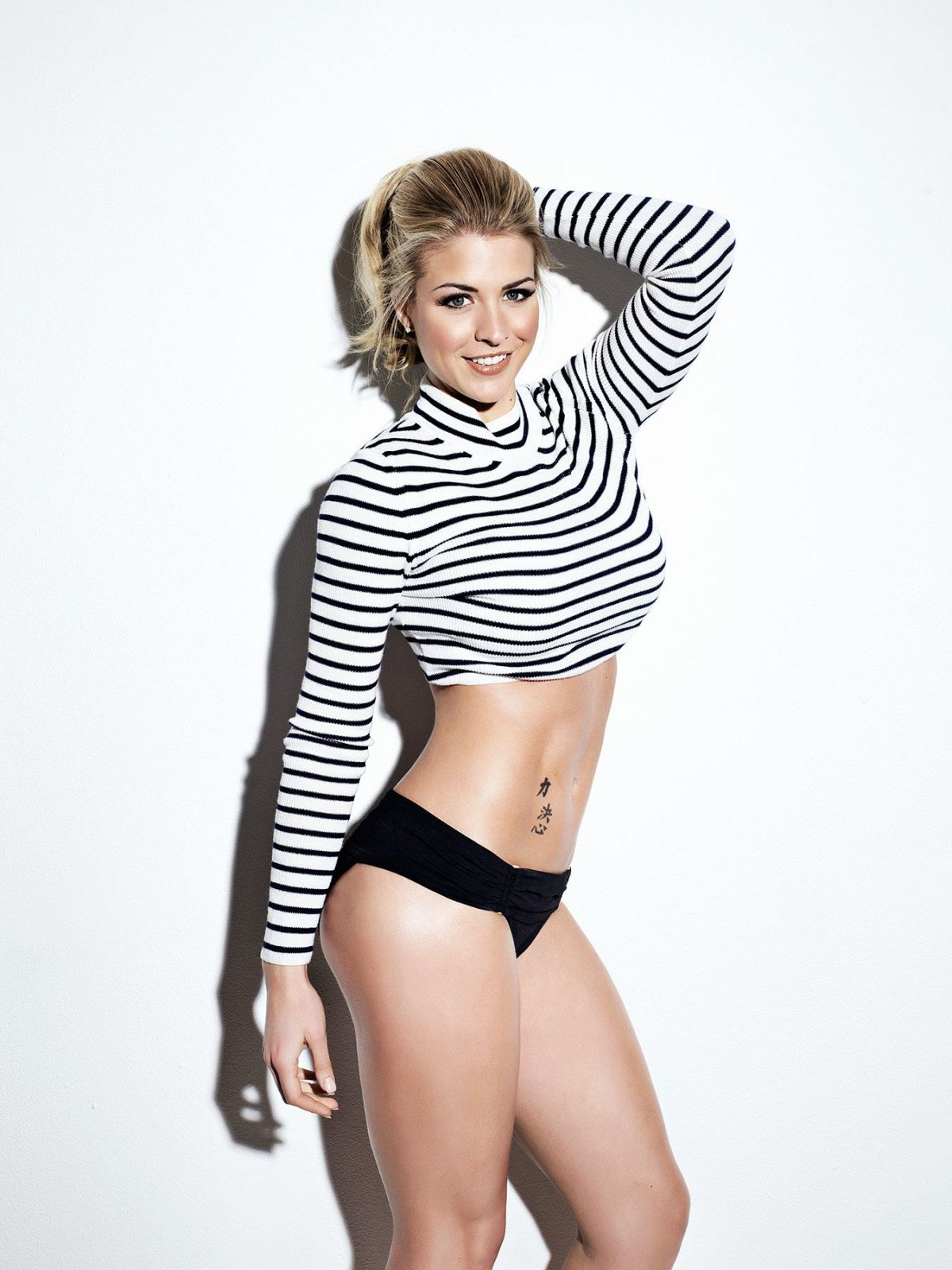 Sexy Gemma Atkinson photo 12