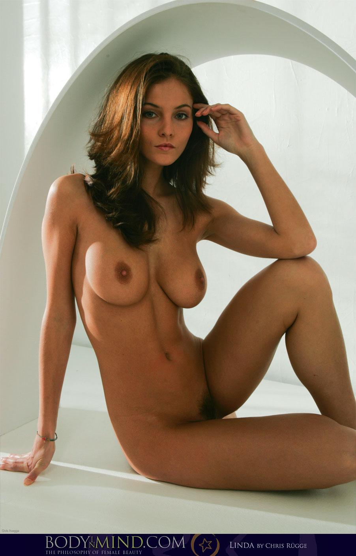 Ivette Nude photo 13