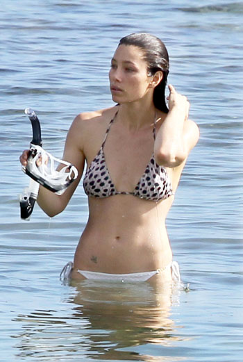 Jessica Biel En Bikini photo 13