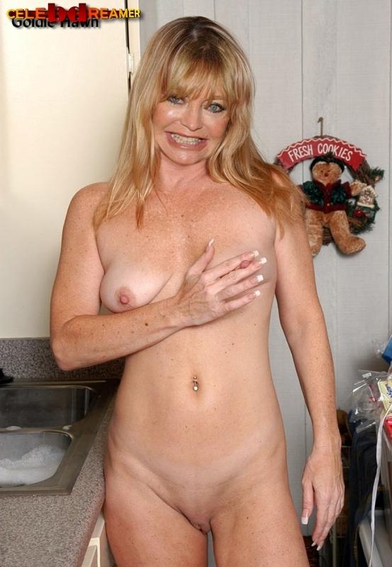 Goldie Hawn Nipples photo 20