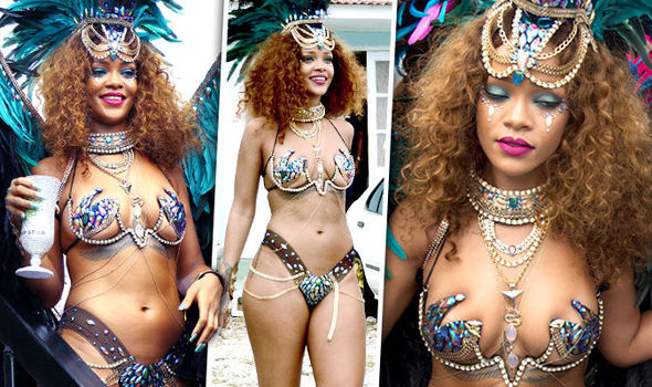 Rihanna Boob Slip photo 6