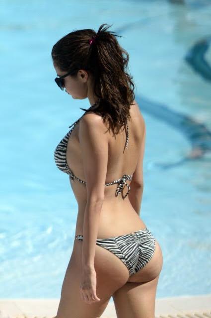 Selina Gomez Ass photo 12
