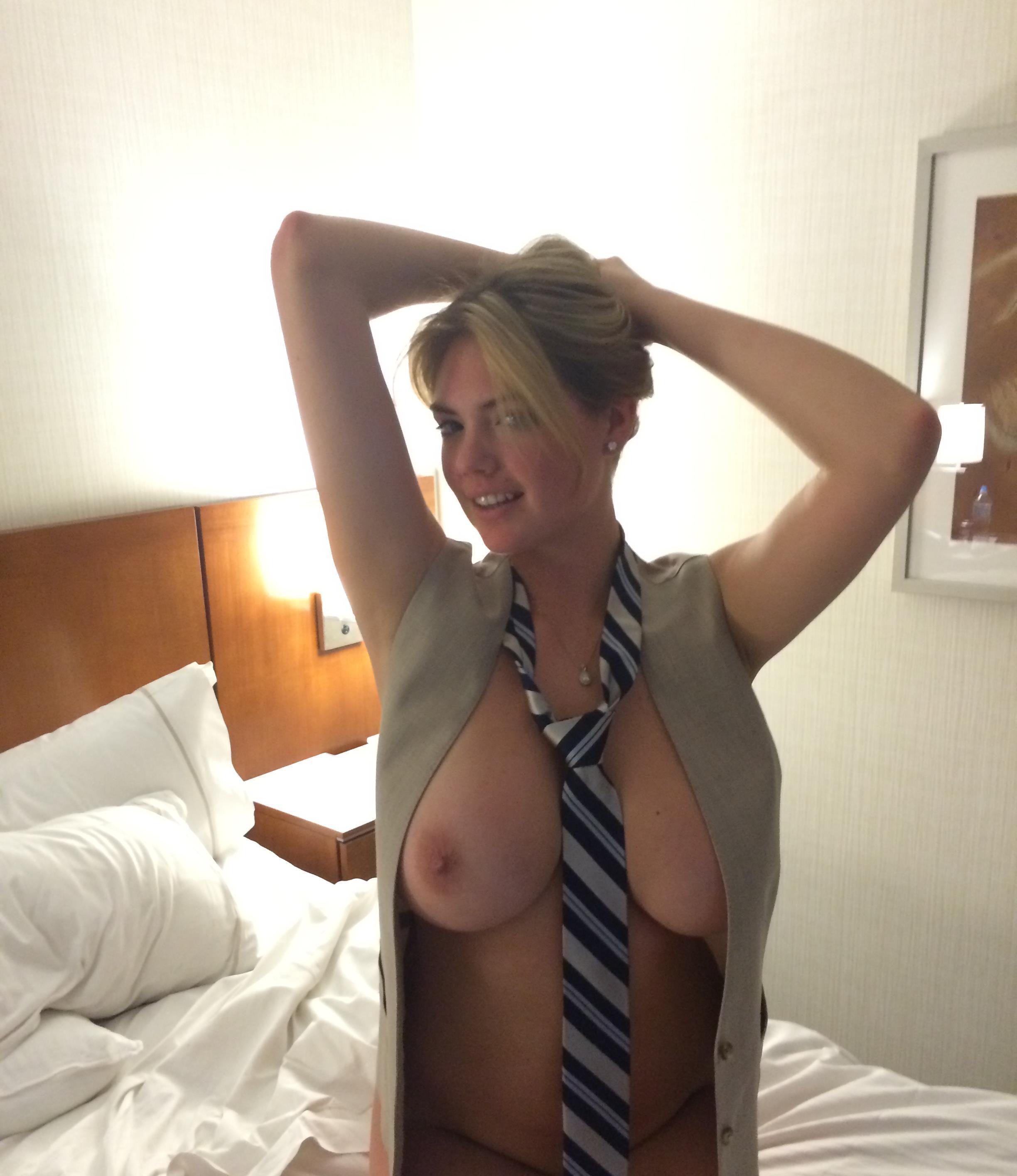 Kate Upton Naked Hacked photo 7