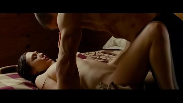 Elizabeth Olsen Nude Scenes photo 28