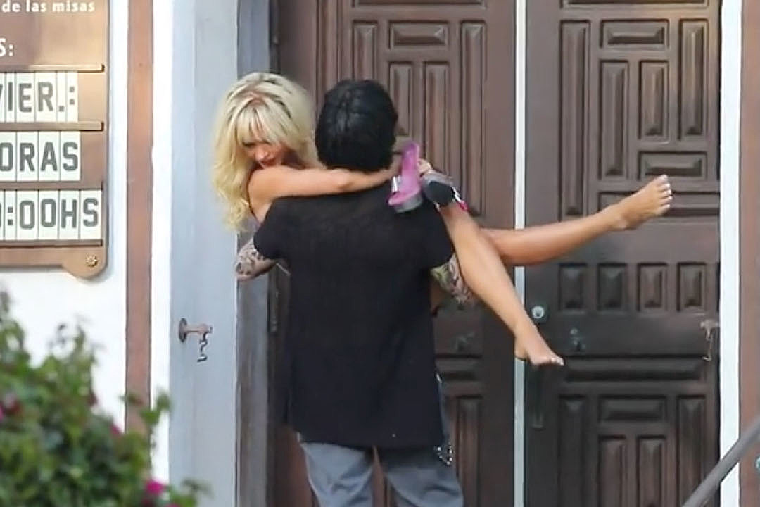 Pamela Anderson Video Tape photo 22