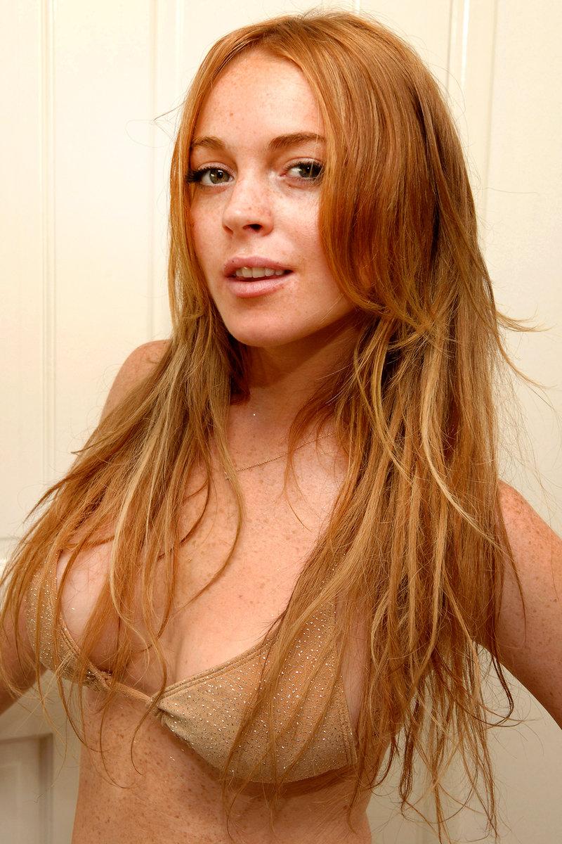 Hot Lindsay Lohan Pics photo 17