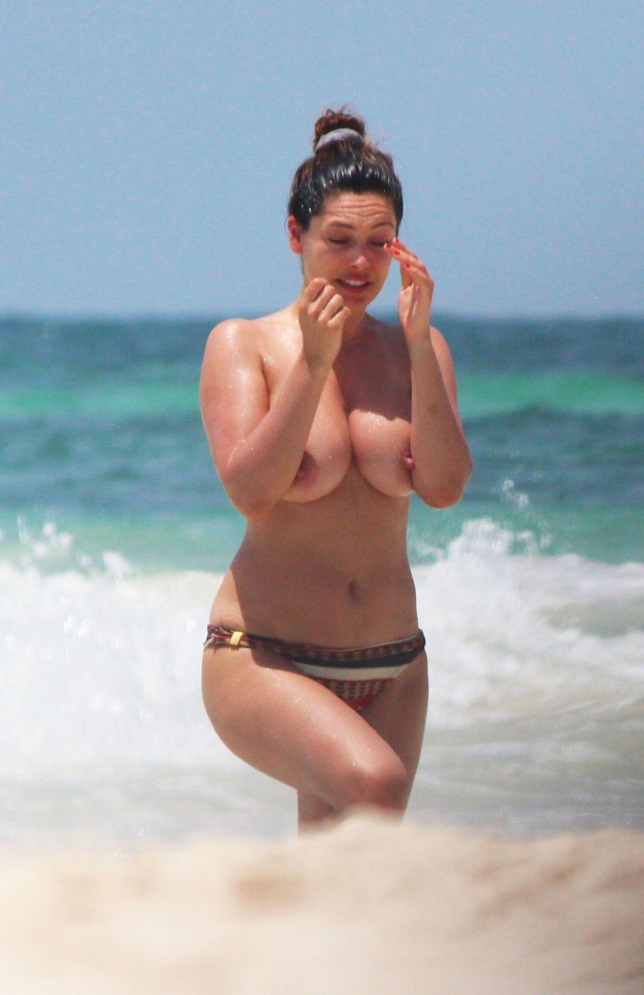Kelly Brooks Topless photo 22