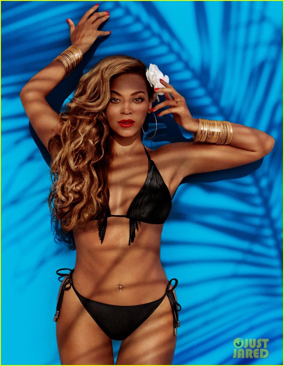 Beyonce Bikini Photos photo 11