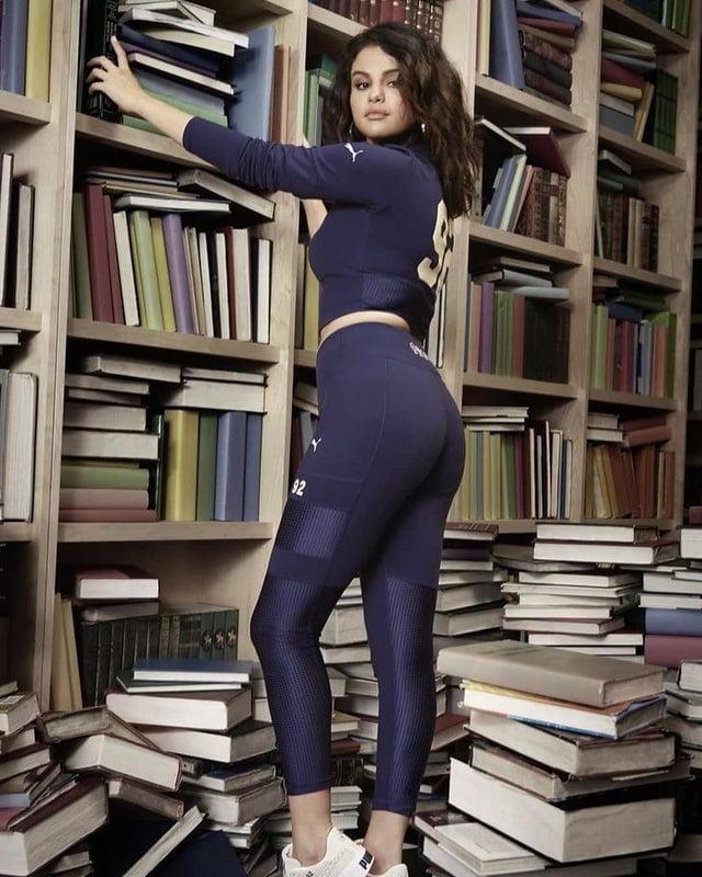 Selina Gomez Ass photo 9