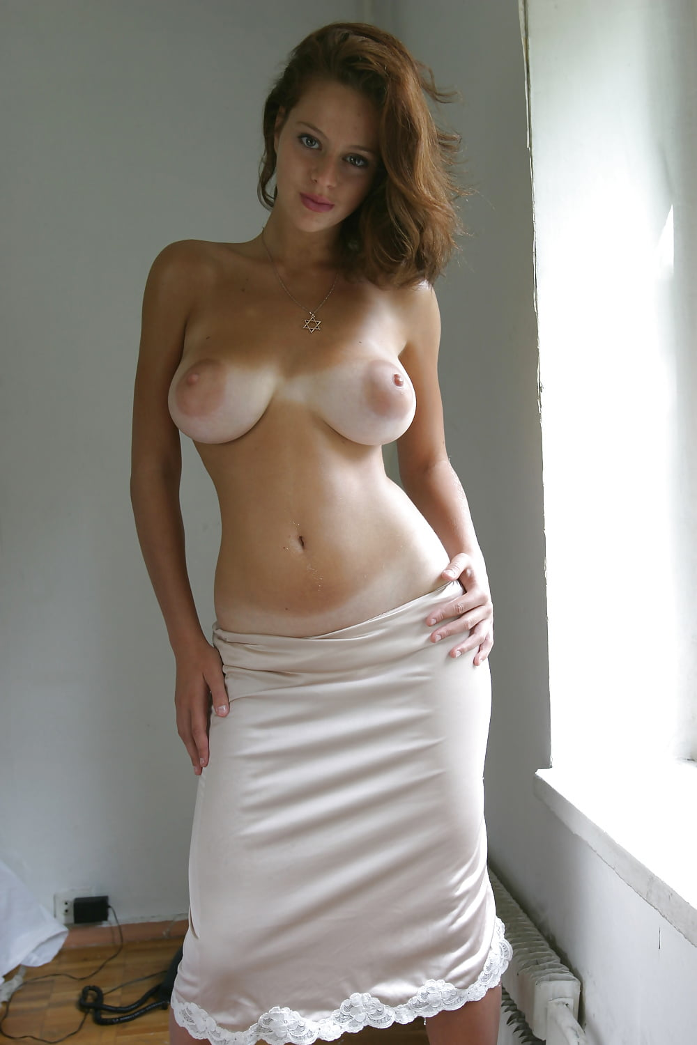 Esther Tits photo 6