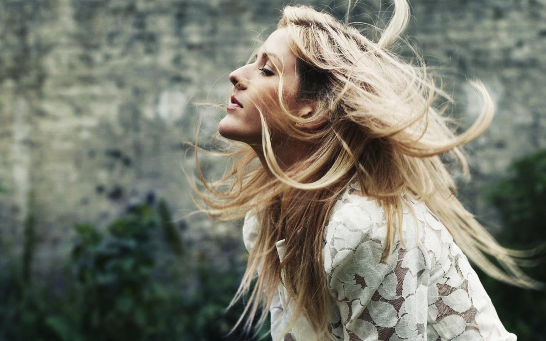 Ellie Goulding Wallpaper photo 20