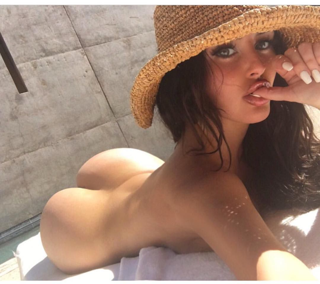 Abagail Ratchford Naked photo 5