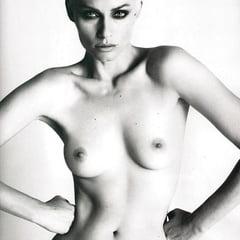 Amber Valletta Nude Pics photo 4