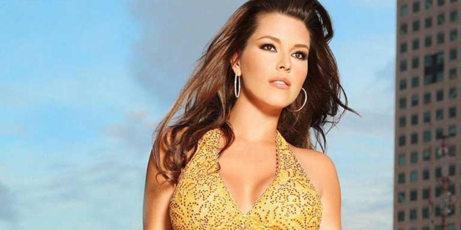 Alicia Machado Sexy Pics photo 8