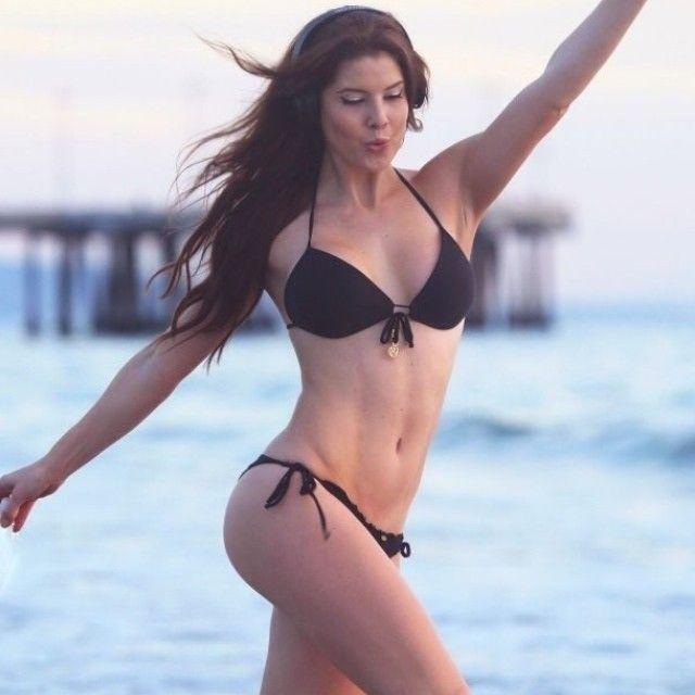 Amanda Cerny In Bikini photo 7