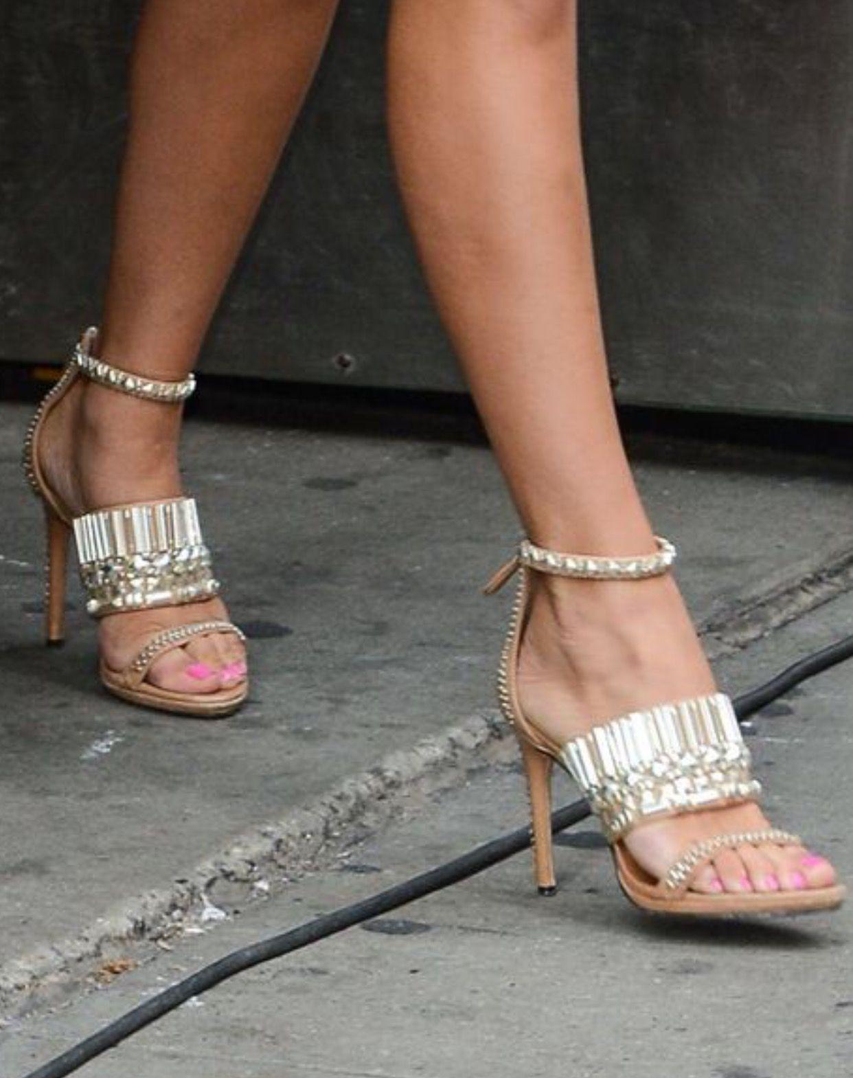 Andi Dorfman Feet photo 6