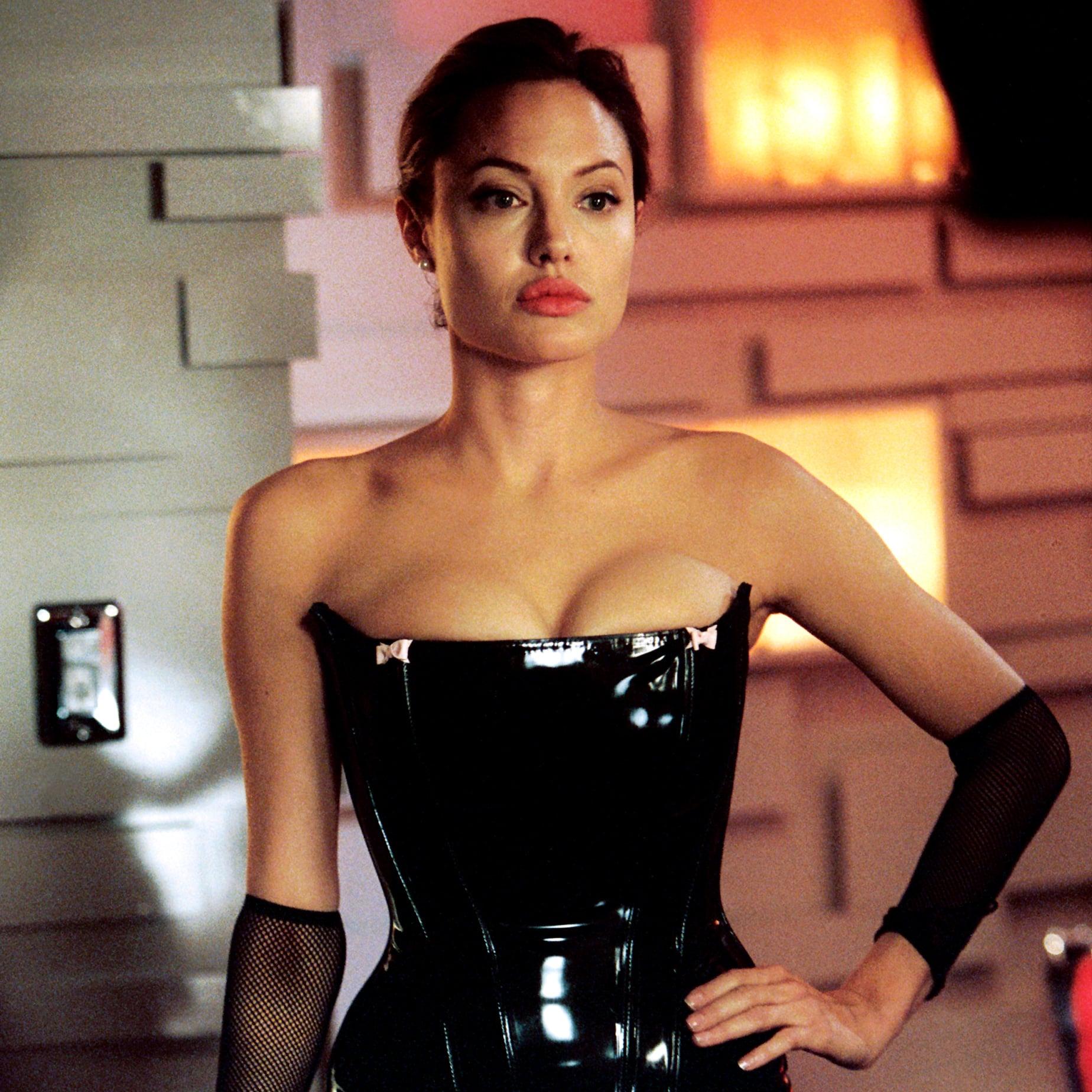Angelina Jolie Hottest Pics photo 10
