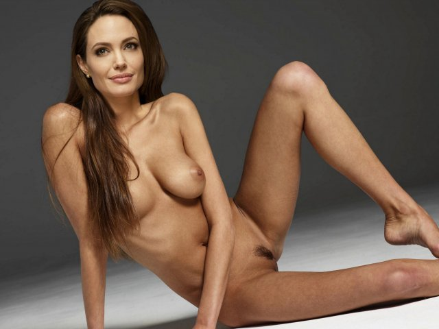 Angelina Jolie Leaked Pics photo 10