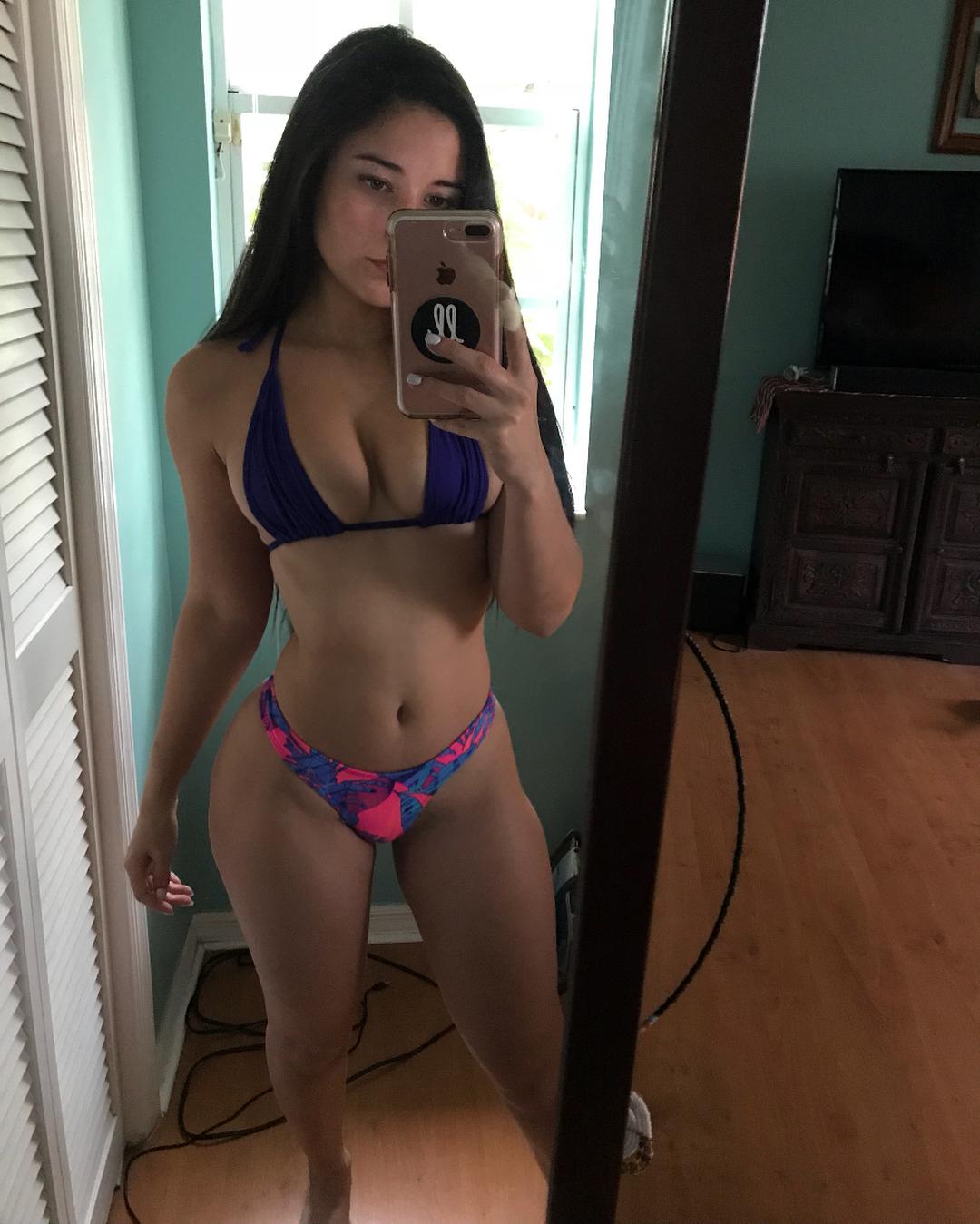 Angeline Varona Porn photo 28