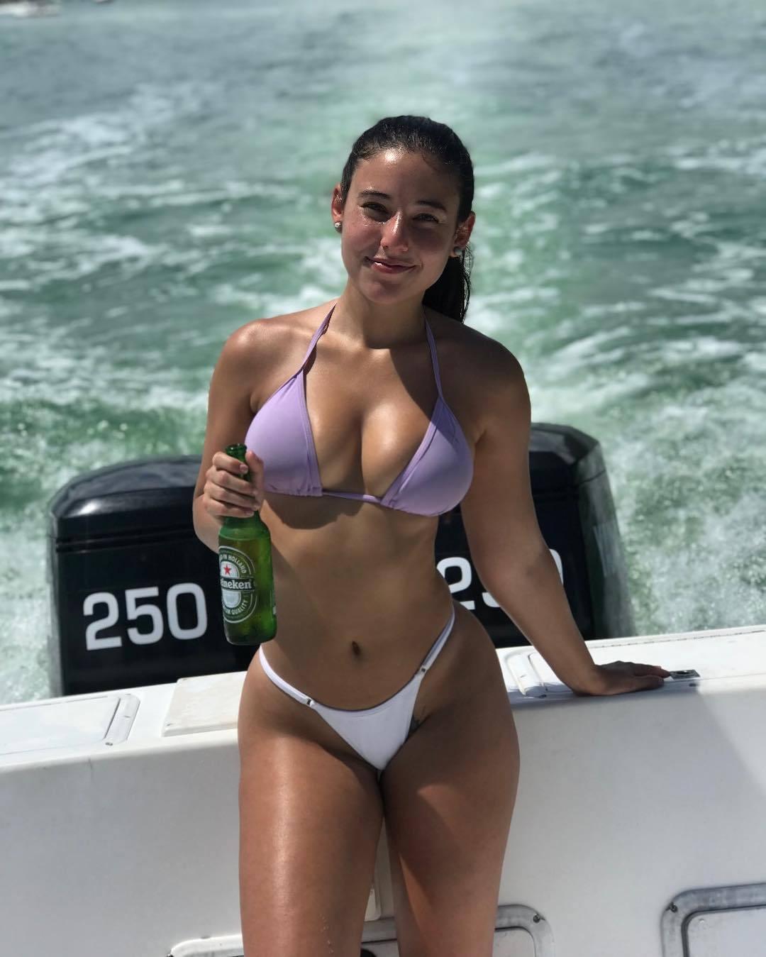Angeline Varona Porn photo 21