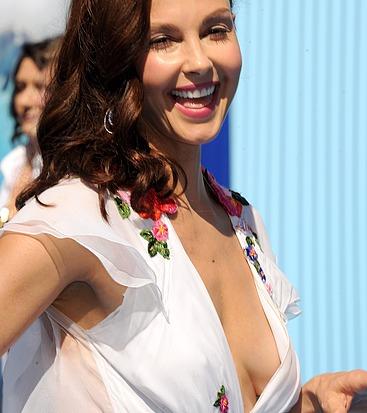 Ashley Judds Tits photo 5