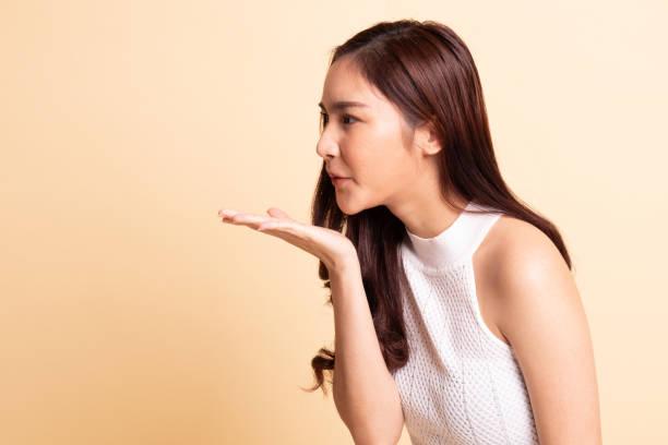 Asian Girl Blow photo 15