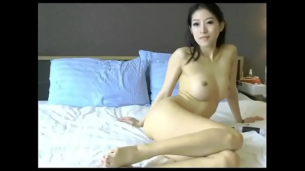 Asian Topless Models photo 10